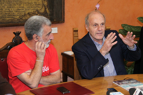 Tonino Perna con Accorinti, sindaco di Messina.